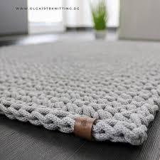 teppich gehäkelt aus der baumwollschnur