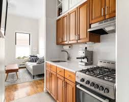 100 Sophisticated Kitchens 300 Square Foot Manhattan Small Apartment Apartment Therapy