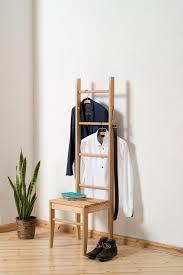 kleiderstuhl kleiderstuhl kleiderständer schlafzimmer