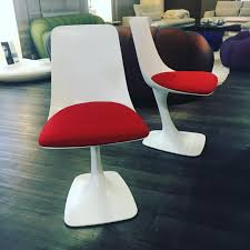 Womb Chair Replica Canada by The Arum Dining Chairs At The Roche Bobois Canada Showroom
