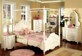 King Size Canopy Bed With Curtains by Bedroom Charming King Size Canopy Bedroom Sets Home Design Ideas
