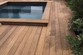 margelle piscine en bois terrasse en bois exotique ipe nature bois concept nature bois