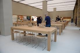 Apple Help Desk Uk by First Look Round Glasgow U0027s Revamped Apple Store Evening Times
