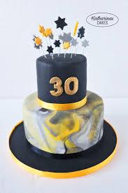 birthday cake torte zum 30 geburtstag fondanttorte