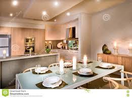 modernes esszimmer und die küche stockbild bild