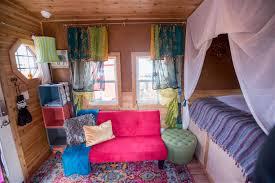 100 Gypsy Tiny House Wagon Digs Hotel In Portland