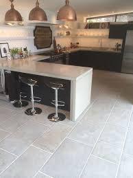 Best Kitchen Flooring Uk by Kitchen Floor Tiles Zyouhoukan Net