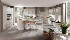 landhausküche klassisch rustikal bis modern
