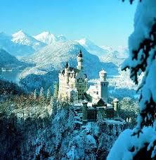 neuschwanstein märchenschloss im winter der spiegel