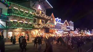 Christmas Lighting Festival 2017 ⋆ Super 8 Wenatchee