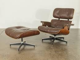 Brown Leather Eames 670 Rosewood Lounge Chair | Home | Eames, Chair ... Eames Lounge Ottoman Retro Obsessions A Short Guide To Taking Excellent Care Of Your Eames Lounge Chair Italian Leather Light Brown Palisandro Chaise Style And Ottoman Rosewood Plywood Modandcomfy History Behind The Hype The Charles E Swivelukcom Chair Was Voted A Public Favorite In Home Design Ottomanblack Worldmorndesigncom Molded With Metal Base By Vitra Armchair Blackpallisander At John