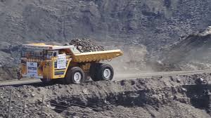 BelAZ-75710 - The World's Largest Dump Truck Carrying Capacity Of ...