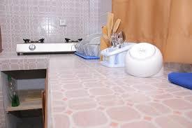 tv dans cuisine salon équipé de tv sat dans l appartement tout neuf picture of