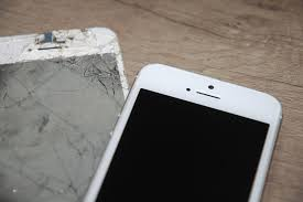 Mobile phone screen repairs by Timpson