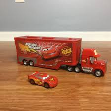 LIGHTNING McQUEEN MACK TRUCK TRAILER Open And Play Playset Plastic ...