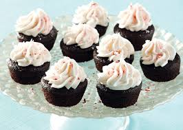 Rich Bite Sized Chocolate Fairy Cakes Topped With A Sweet And Refreshing Peppermint Icing Are Sure To Be The Hit Of Your Party This Decadent Cake Batter