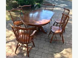 Solid Quebec Maple Single Pedestal Dining Room Table And Chairs