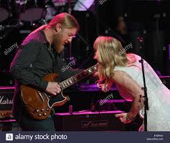Derek Trucks And Susan Tedeschi Stock Photos & Derek Trucks And ... Warren Haynes Derek Trucks To Exit Allman Brothers Band 18yearold Ponders The Influence Of Jimi Hendrix Derek Trucks Amazing Solos Compilation Part 4 Rock Influences Watkins Tedeschi Happy And Soful A Hometown Inaugural Concert Honoring Gregg 090216 Beneath A Desert Sky Upcoming Shows Tickets Reviews More Hittin The Web With Talks Losses Of Col Bruce Butch Along With