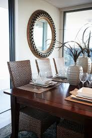 esszimmer mit gedecktem tisch und bild kaufen 11116255