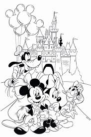 Coloriage Mickey Et Minnie With Awesome Mickey Mouse Merry Christmas