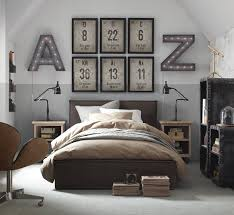 Unique Wall Decor For Mens Bedroom Decoration Ideas Using