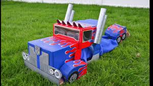 Optimus Prime Transformers Cardboard Costume : Autobot To Semi-Truck ...
