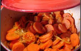 cuisiner les carottes recette cocotte de carottes épicées façon cyril lignac 750g