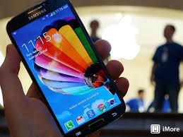 Apple iPhone 5s vs Samsung Galaxy S4 Which phone should you