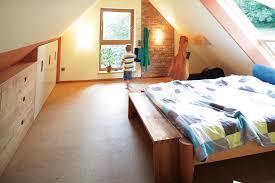 schlafzimmer aus buche eiche nussbaum oder glas den