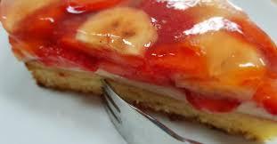 erdbeer bananen obstkuchen