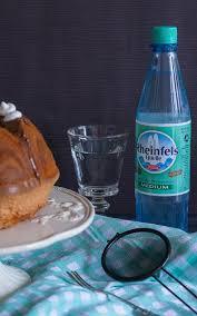 sprudelkuchen mit mineralwasser der rheinfels quelle