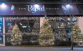100 Byrd House Orchard Park HOLIDAY HAPPENINGS In Bee
