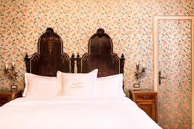hotel flora smart travelling