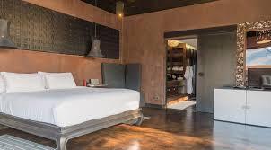 villa saanti six bedrooms villa in phuket puri asia