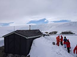 100 Antarctica House Wordie Highly Allochthonous