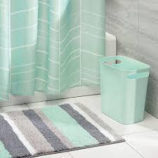 mdesign 3er set bad accessoires badgarnitur aus duschvorhang mit geometrischem muster antirutsch badteppich aus mikrofaser und 5 7 l mülleimer