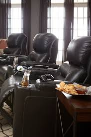 Havertys Leather Sleeper Sofa by The Havertys Wrangler Recliner Is The Best Seat In The House Soft