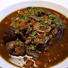 cuisiner du jarret de boeuf jarret de beuf vin cookeo un plat délicieux avec le cookeo