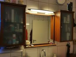 badezimmer hängeschränke mit spiegel
