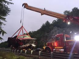 100 Ad Lift Truck Crane Needed To Lift Truck After It Rolls Over Several Times On I95