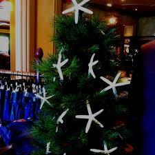 Seashell Christmas Tree Garland by 17 Best Seashell Tree Images On Pinterest Christmas Tree Shell
