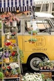 Lembrancinhas Diferentes Para Casamentos Na Kombi Itinerante Studio Lily 0015 Flower TruckFlower