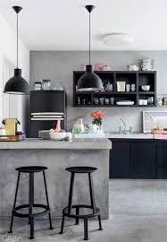 beton ciré mur cuisine béton ciré sur carrelage sol et mur dans la cuisine