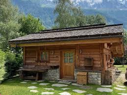 104 Petit Chalet Seasonal Accommodation Chamonix Valley Winter Let