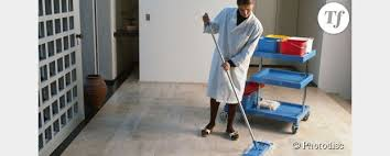 offres d emploi femme de chambre emploi taxé de sexisme après une offre pour une femme de ménage