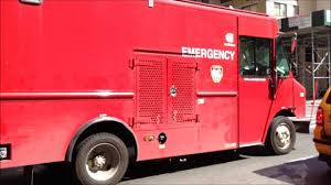 100 Emergency Truck SPECIAL CON EDISON TRUCK THAT WORKS WITH THE FDNY IN CERTAIN