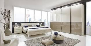 schlafzimmer in braun eichefarben beige