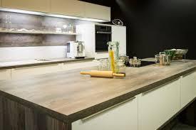 küchenarbeitsplatte berlin aufmaß zuschnitt montage