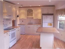 Kitchen Backsplash Designs With Oak Cabinets by Amazing Kitchen Tile Floors With Oak Cabinets U2013 Home Design And Decor
