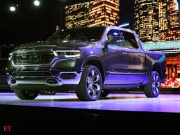 100 Fiat Pickup Truck Detroit Auto Show Chrysler Battles Premium Cars With Luxury